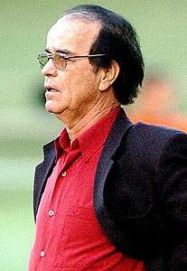 Antonio Lopes já foi treinador de equipes como Vasco e Corinthians