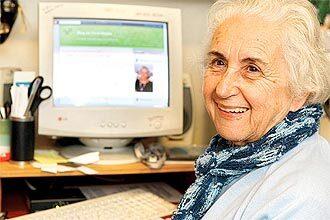 Vovó Neuza criou o blog vovoneuza.blogspot.com