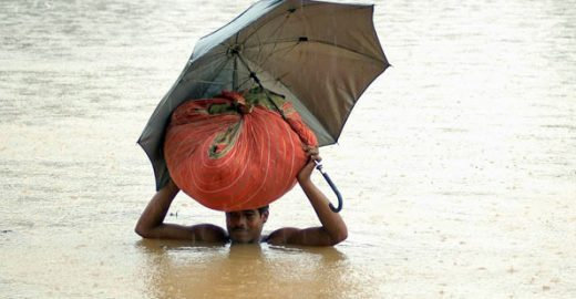 Site colaborativo com informações sobre enchentes