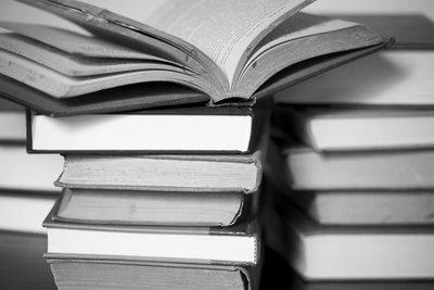 Veja os livros mais vendidos em 2014