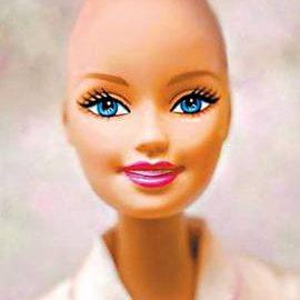 Na internet, grupo pede Barbie careca para luta contra câncer