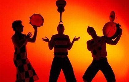 Trio de palhaços anima o fim de sábado no Sesc Santo Amaro