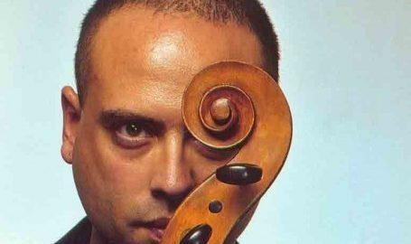 Dimos Goudaroulis interpreta temas de J.S. Bach no Sesc Santana em concertos gratuitos