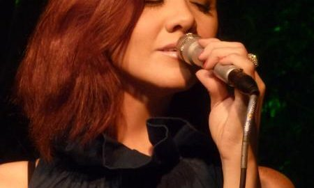 Tata Godoy culta sambas clássicos em show gratuito no Sesc Santana