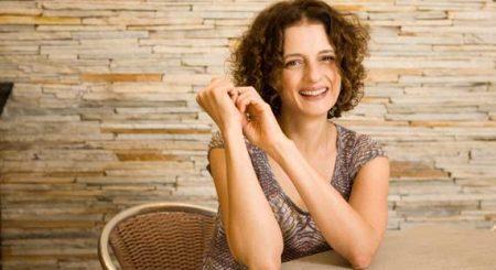 """Atriz Denise Fraga é uma das convidadas do ciclo """"Conexões"""""""