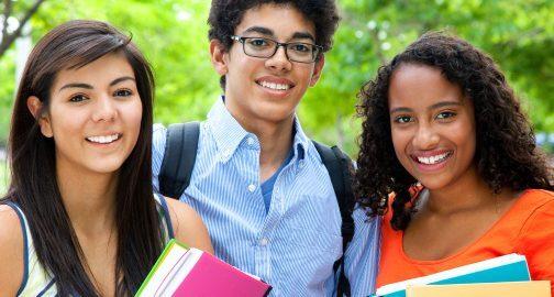 Site ajuda estudantes e recém-formados a criarem currículos em vídeo gratuitamente