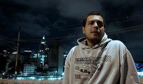 Rodrigo Ogi faz show gratuito no Terminal Metropolitano Santo André