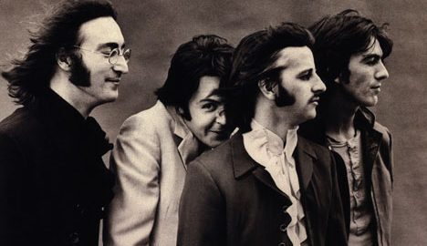 Show e palestras comemoram os 50 anos do primeiro álbum dos Beatles na PUC