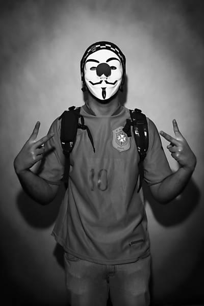 Anonymous, 18, estudante