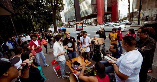 Paulista com Farofa: churrasco em clima de protesto na avenida Paulista