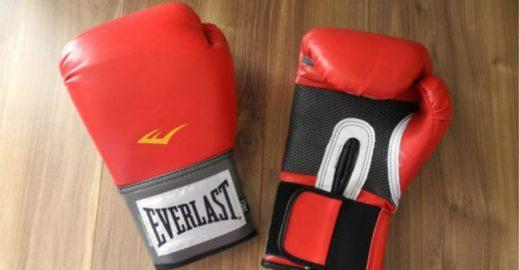 Luvas de boxe femininas – R$ 89