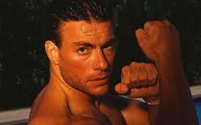 Assista a uma coleção de filmes de ação com Van Damme