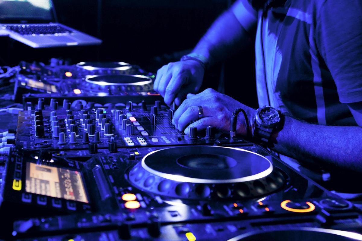 musica_eletronica_-_Maxim_Blinkov_shutterstock.jpg