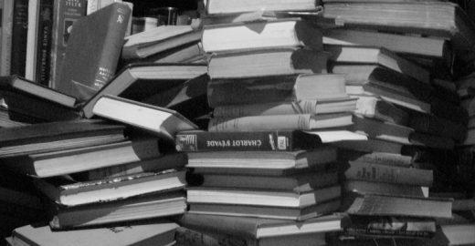 Editora Patuá é especializada em autores brasileiros contemporâneos