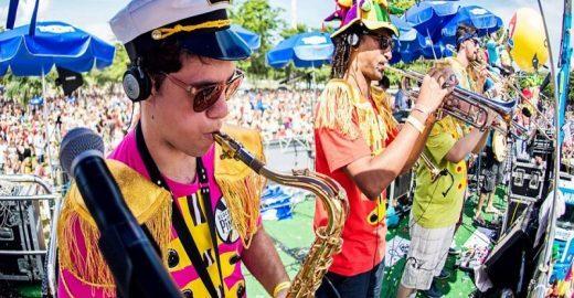 Bloco do Sargento Pimenta leva o Carnaval em janeiro ao Cine Joia