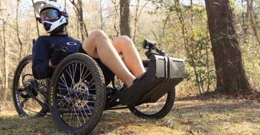 Veículo elétrico permite que cadeirantes aventurem-se em trilhas acidentadas