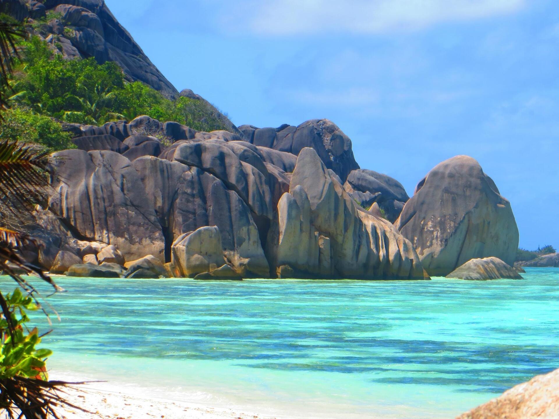 12 praias com águas cristalinas ao redor do mundo