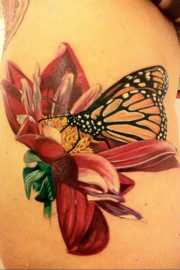 conhe a uma s rie de belas tatuagens inspiradas nas borboletas. Black Bedroom Furniture Sets. Home Design Ideas