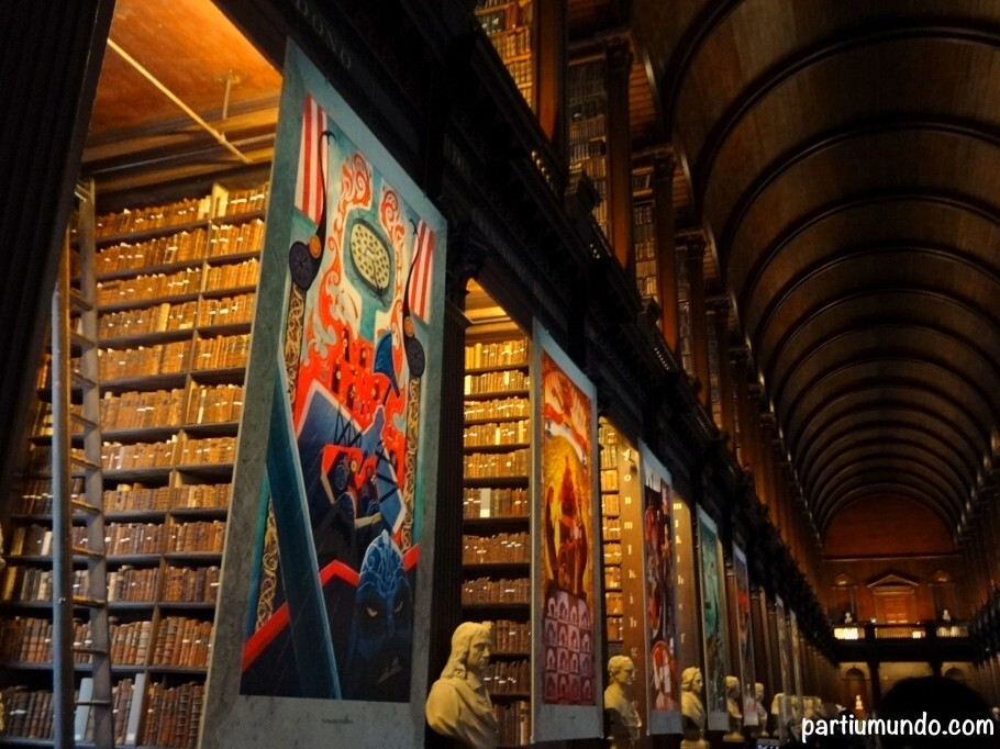 long_room_-_trinity_college_2