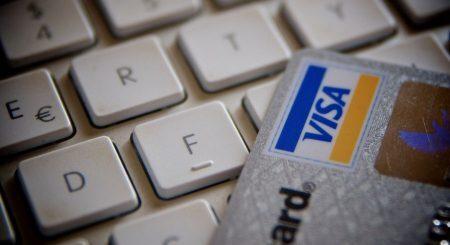 """""""Os homens cada vez mais procuram comprar online para evitar uma ida ao shopping"""", diz Leandro."""