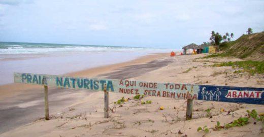 Conheça as praias de nudismo do Brasil