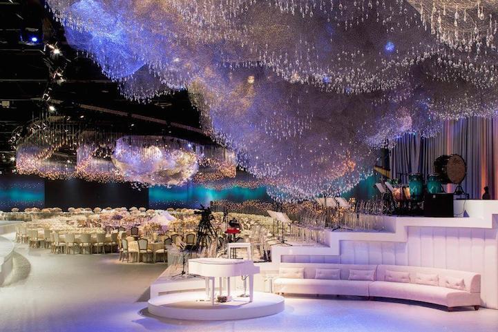 Casamento tem decora o de c u surreal de led e swarovski for Most beautiful wedding venues in the world