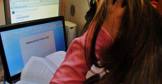 Gabarite as normas ABNT para monografias com dicas simples