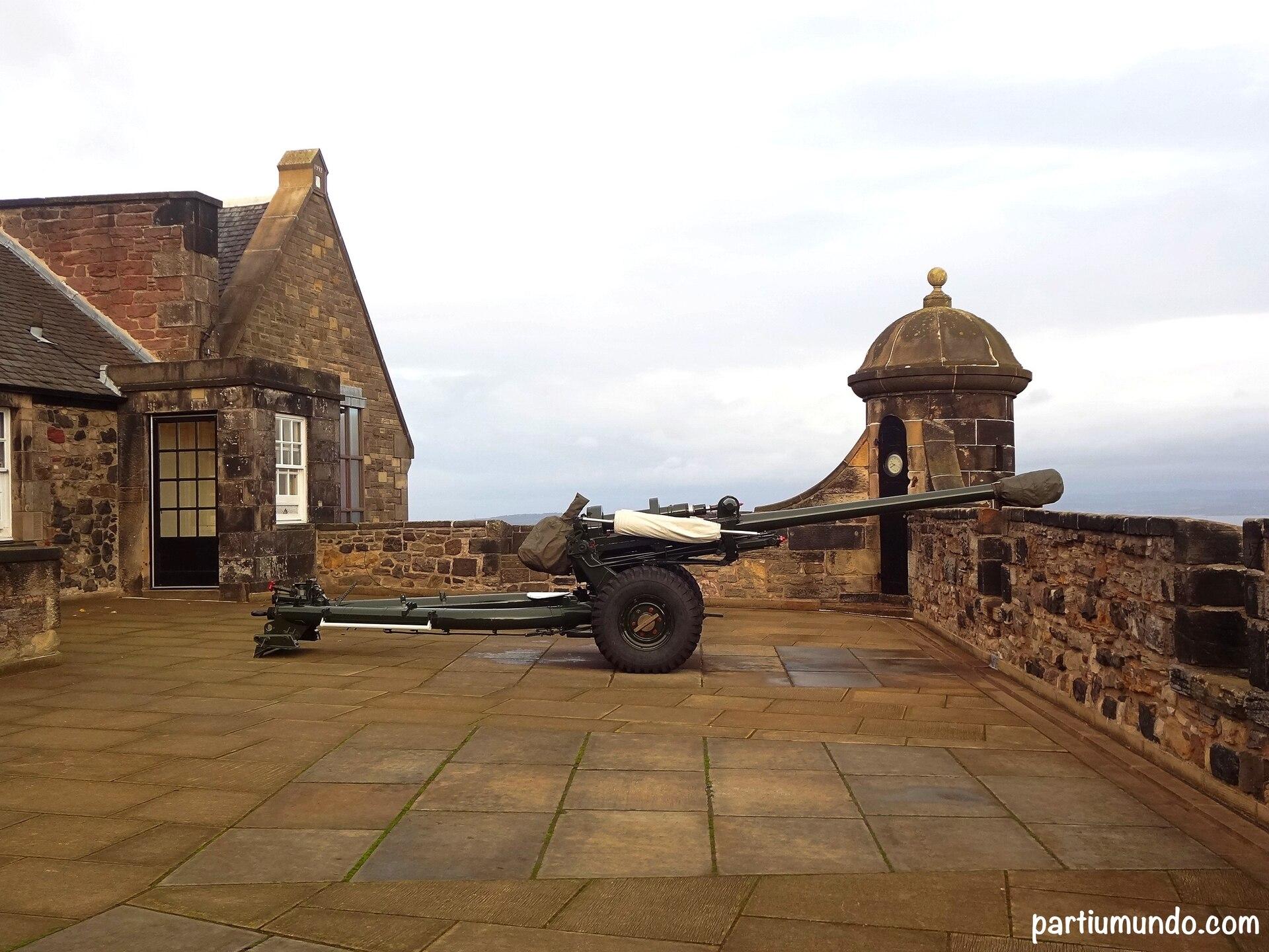 Conheçam o castelo de Edimburgo, um dos mais lindos e visitados do mundo