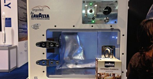 Máquina de café é instalada na Estação Espacial para melhorar rotina dos astronautas