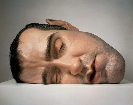 Mask II - por Ron Mueck