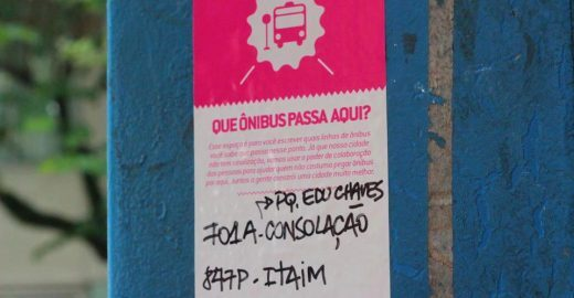Pontos de ônibus de SP terão informações sobre linhas, trajetos e horários