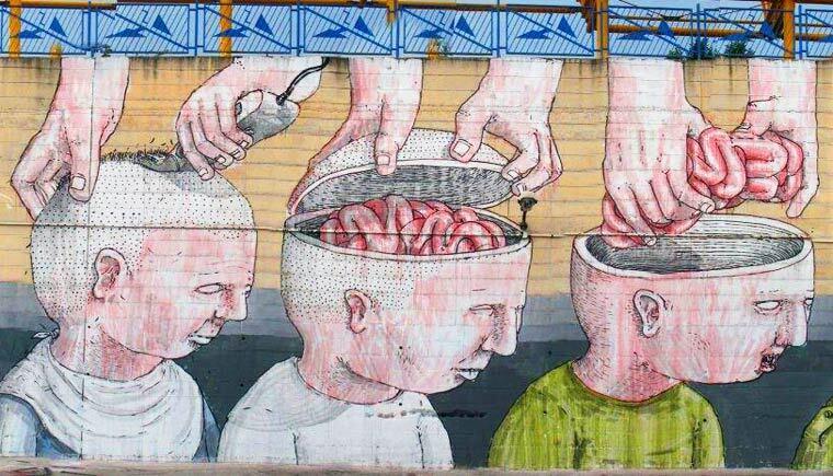 Artista de rua italiano que faz obras críticas e satíricas ao redor do mundo