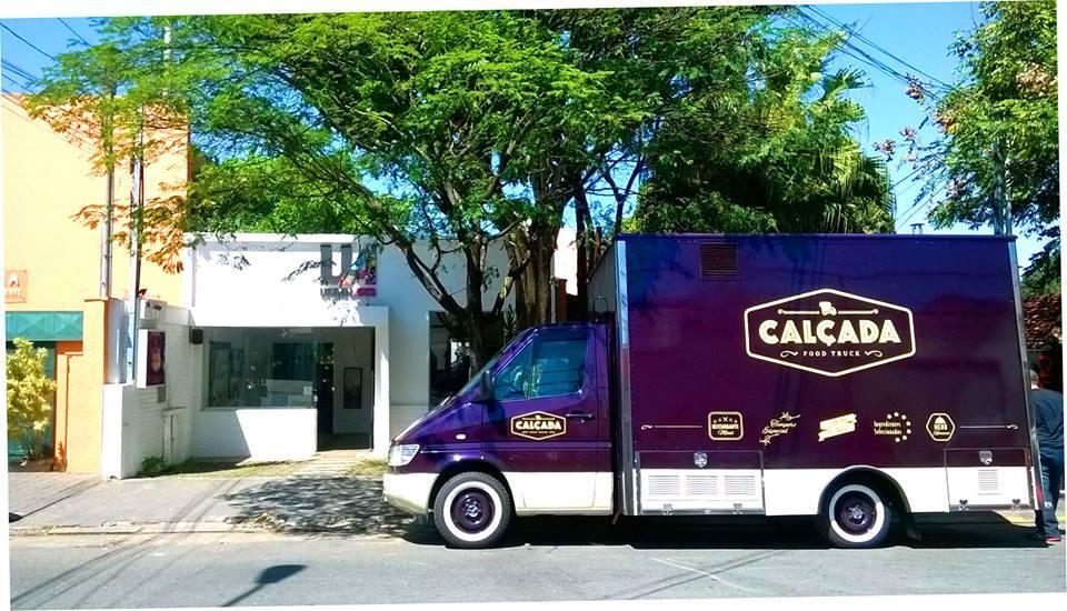 Food Truck In Massa