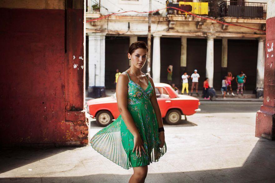 Fotógrafa explora a diversidade da beleza das mulheres ao redor do mundo