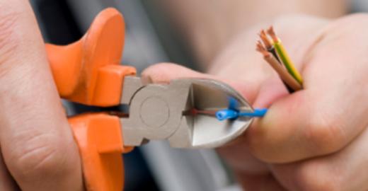 Socorro: Eletricistas 24 horas