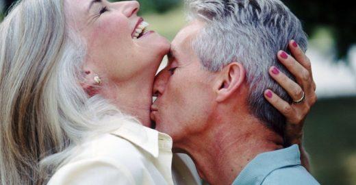 Faça o teste e descubra os mitos e as verdades sobre a vida sexual da mulher com mais de 50 anos