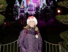 Disney-Moms_Panel-Camila_R1