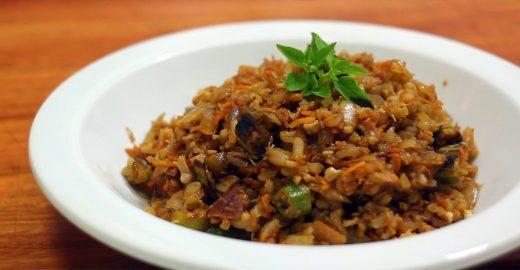 Aprenda a misturar arroz com qualquer coisa