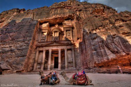 Petra, na Jordânia | foto: theplanetd.com