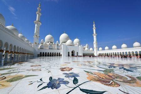 Sheikh Zayed Grand Mosque em Abu Dhabi | foto: disfrutadubai.com