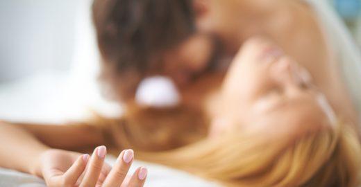 Especialistas explicam por que você deveria praticar mais sexo