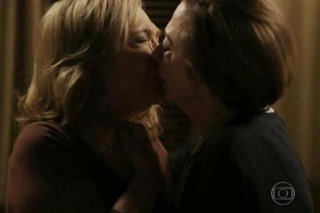 encontros amorosos sexo lesbico