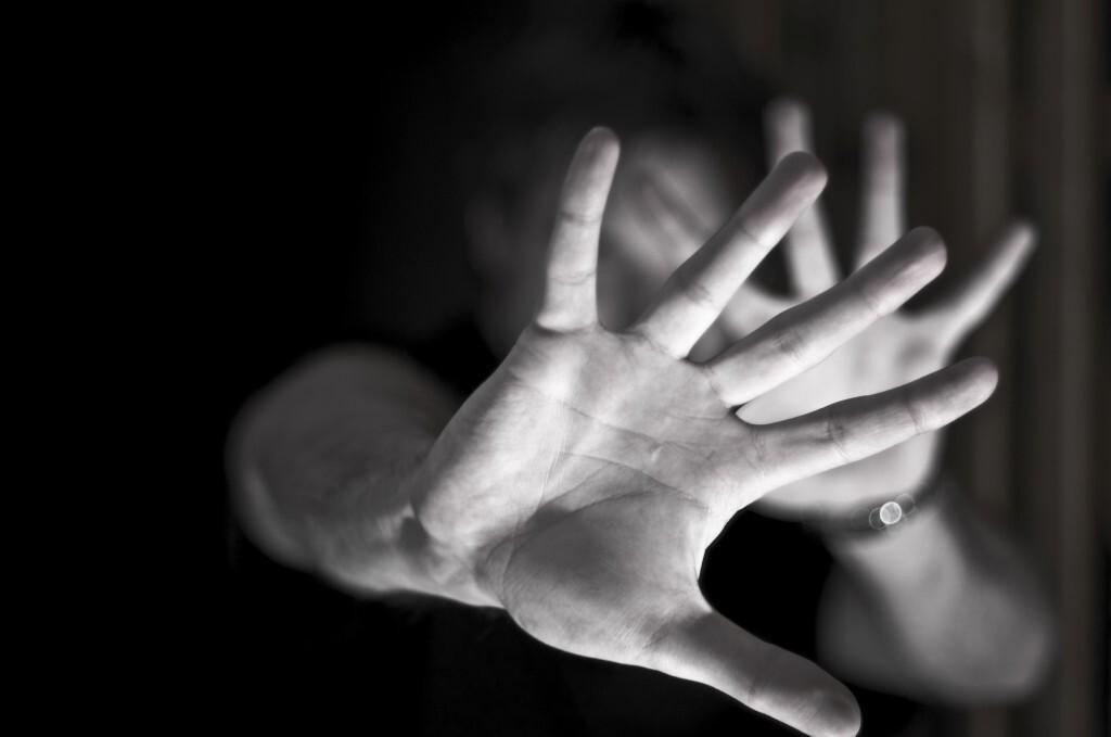 A vendedora foi estuprada por 10 homens em São Gonçalo (RJ)