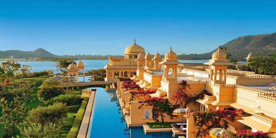 30-oberoi-udaivilas-hotel-udaipur-rajasthan-india-1024x512