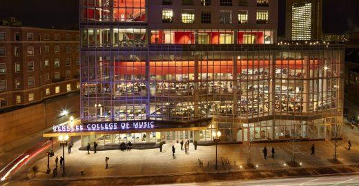 Faculdade americana oferece curso on-line e gratuito de introdução à guitarra