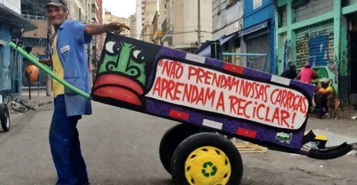 Prefeitura de SP libera 18 carroças de catadores que tinham sido apreendidas em abril
