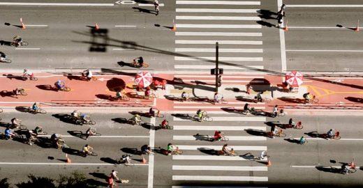 Acompanhe a Avenida Paulista ao vivo 24 horas por dia