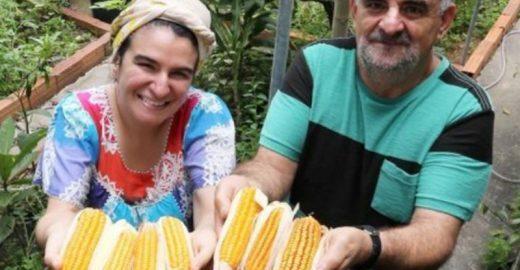 Há 3 anos, pai e filha se alimentam apenas com o que plantam e a saúde vai muito bem