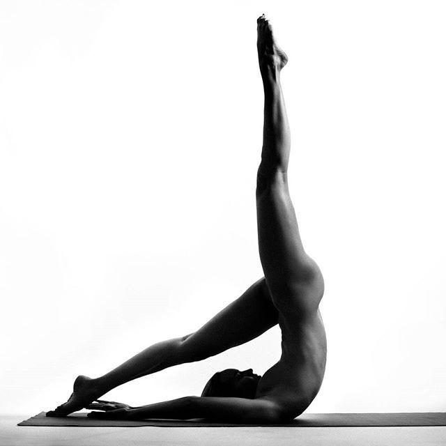 Ioga e nudez