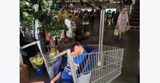 Mãe questiona falta de acessibilidade em supermercado e ganha apoio nas redes sociais
